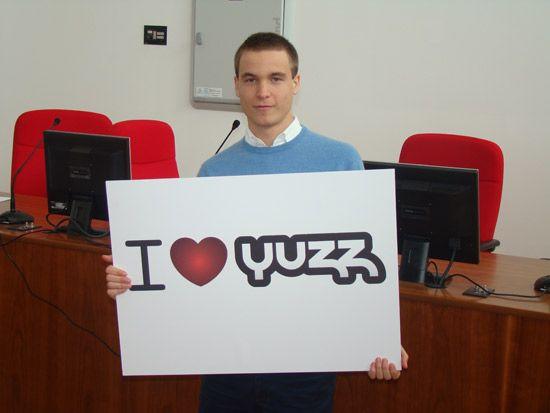 GUILLERMO RUIZ RUIZ Entrevistamos a los chicos Yuzz de Málaga
