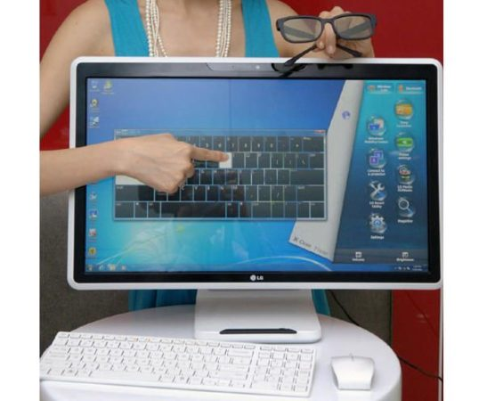 [Computex 2011] LG V300, todo en uno táctil y 3D