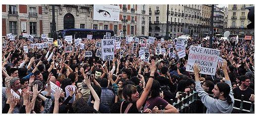 'Democracia Real Ya' toma la calle desde Internet 30