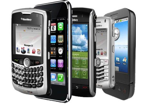 """Pagamos 261 euros de más al año por los móviles """"gratis"""""""