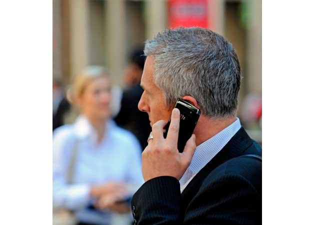 """OMS: el uso de móviles es """"posiblemente cancerígeno"""" 30"""