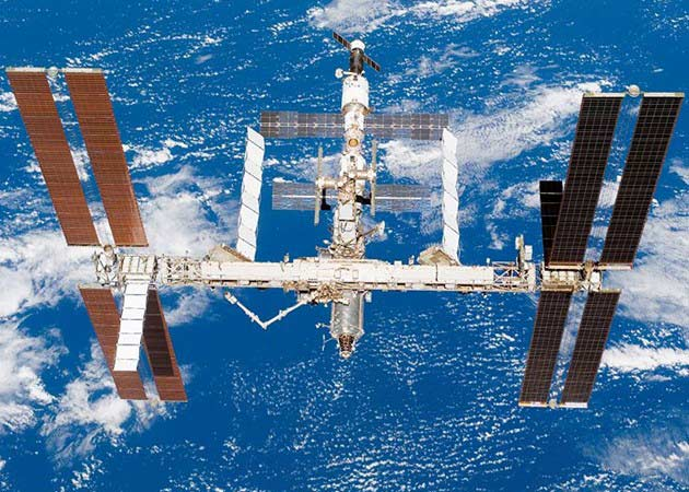 Rusia suspende lanzamientos de Soyuz, ISS en peligro 29