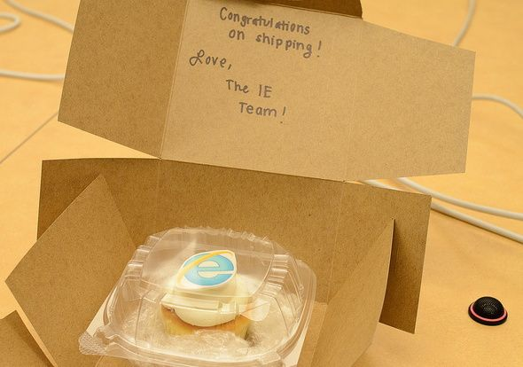Microsoft felicita a Mozilla por Firefox 6; de tarta a pastel