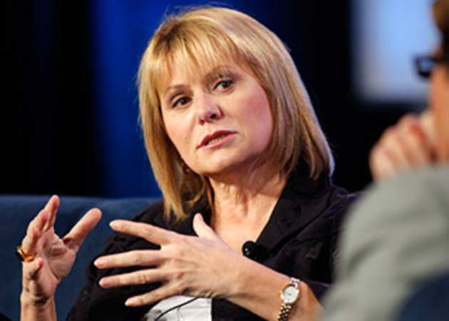 """Carol Bartz al consejo de Yahoo!: """"idiotas y sin pelotas"""""""