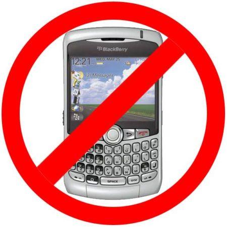 Siguen los problemas en BlackBerry, ni navegar ni sincronizar correo