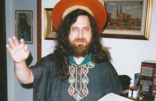 "Richard Stallman se alegra de que Steve Jobs ""se haya ido"" 37"