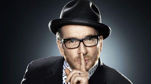 Elvis Costello pide a sus fans que pirateen su disco