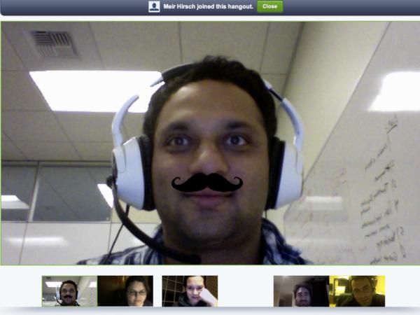 Los bigotes llegan a las quedadas en vídeo de Google+