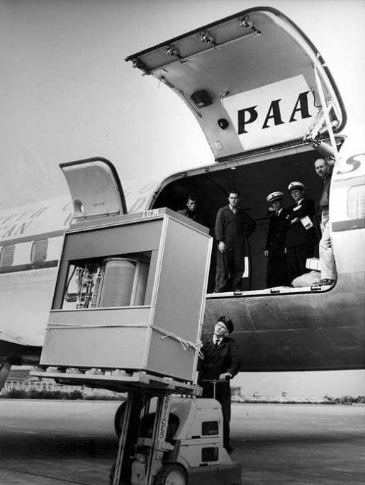 Cómo era un disco duro de 5 Mbytes… en 1956