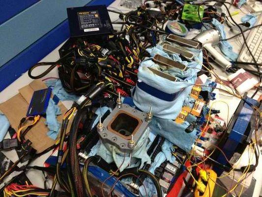 CrossFireX Quad Radeon HD 7970 rompe récords 3DMark