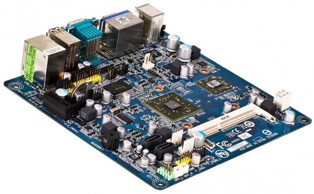 Placa base mini-ITX GIGABYTE M7V90PI con VIA Nano