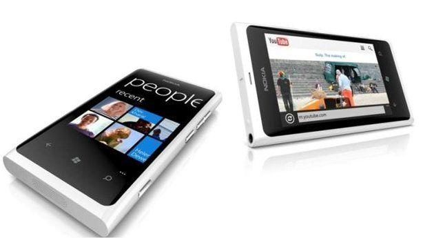 El blanco llega a Nokia Lumia 800