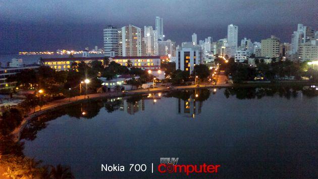 nokia700-02