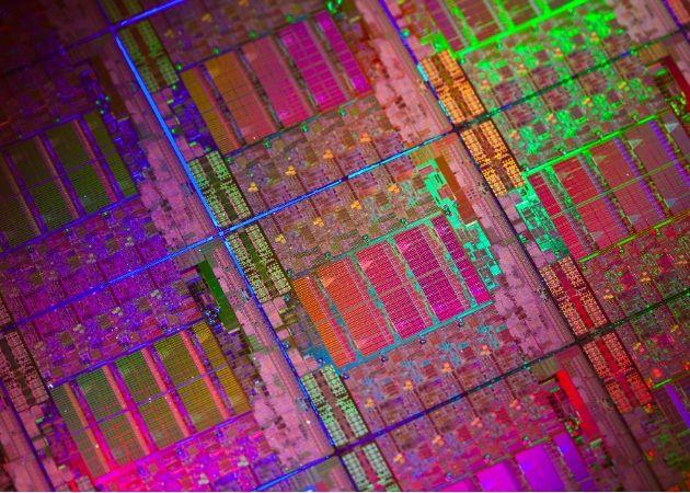 Intel Xeon E5-2600, una mala bestia de 8 núcleos 29
