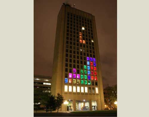 Juega al Tetris a lo grande, edificio de 21 plantas
