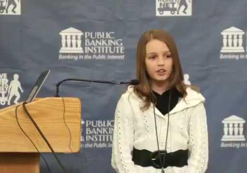 VictoriaGrant Joven indignada revoluciona Internet con un vídeo del robo de los bancos