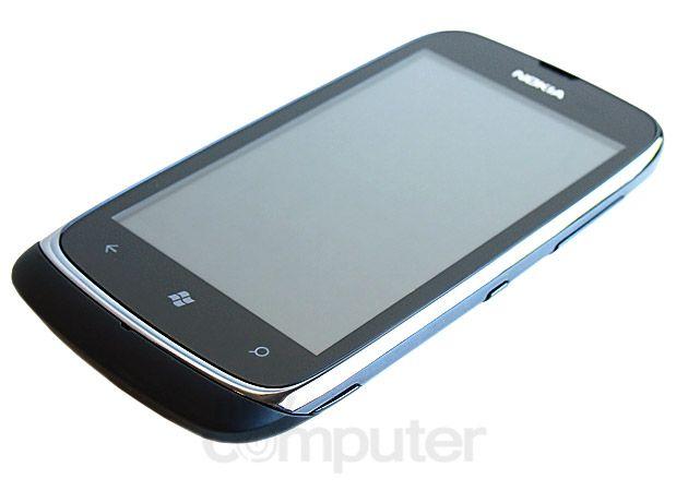 Nokia Lumia 610 30