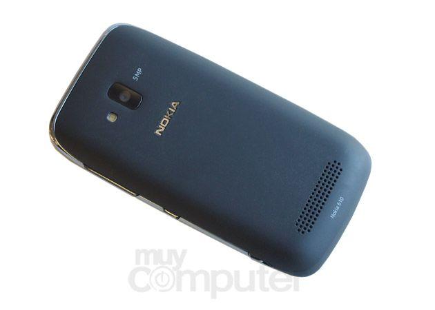 Nokia Lumia 610 32