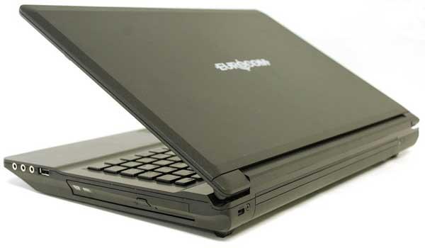 Eurocom comercializa nuevo portátil Fox 4.0 31