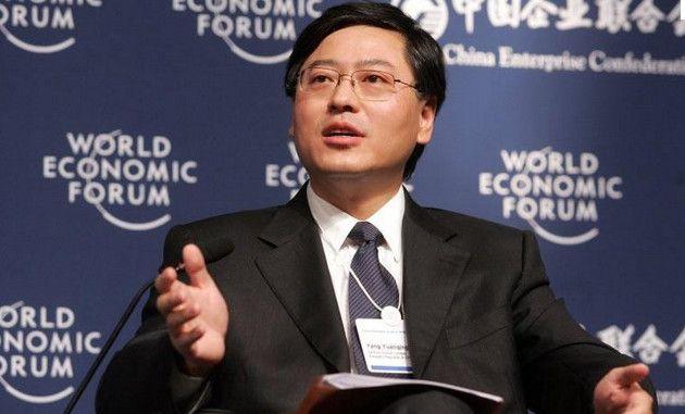 EL CEO de Lenovo da ejemplo y reparte su bonificación entre empleados 28