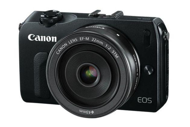 Canon EOS M, mirrorless con óptica de 22mm 28