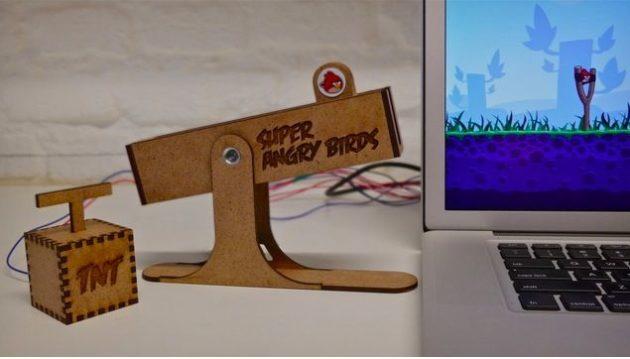 Juega a Angry Birds con un tirachinas USB: Super Angry Birds