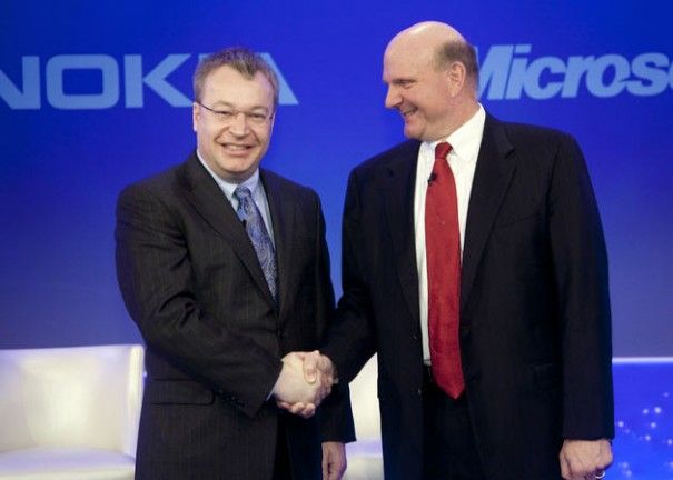 Un grupo de inversores de Nokia quiere despedir a Stephen Elop