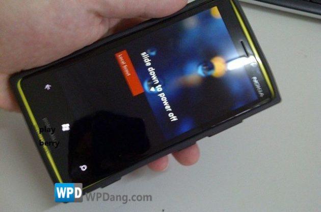 ¿Es éste el primer Nokia con Windows Phone 8? 32