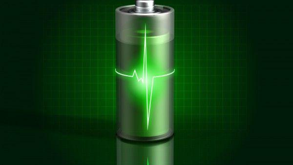 glowing green battery charging 600x338 Podrás cargar tu móvil inalámbricamente con la próxima generación de ultrabooks