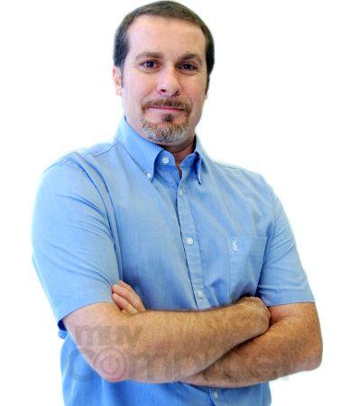 Carlos Ruíz - Sales Engineer Parallels