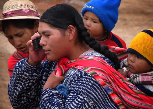 El mundo sucumbe a los móviles e Internet, con grandes diferencias entre países ricos y pobres