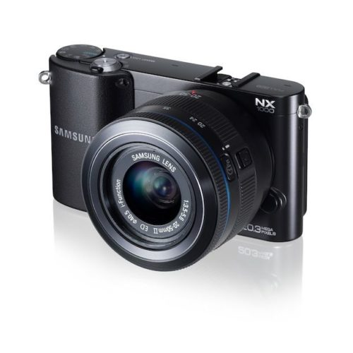 NX1000 004 Right Angle black 500x500 Samsung NX1000, 20 megapixeles en una mirrorless para todo el público