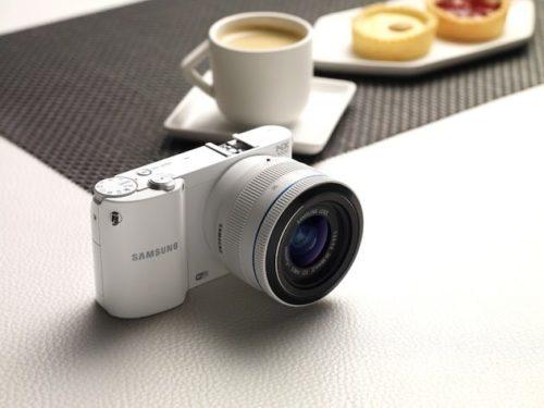 NX1000 01 1024x768 500x375 Samsung NX1000, 20 megapixeles en una mirrorless para todo el público
