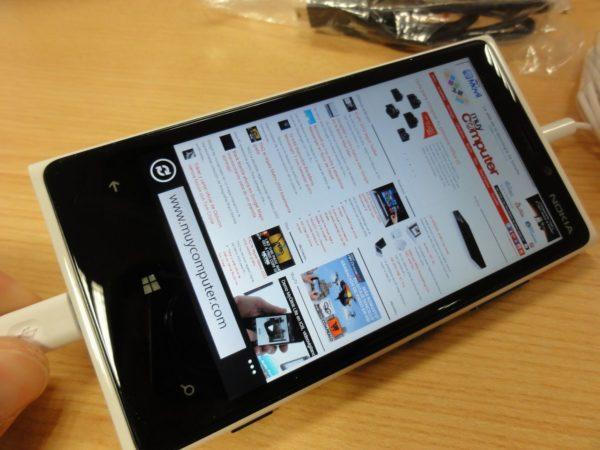 Nokia Lumia 920 34