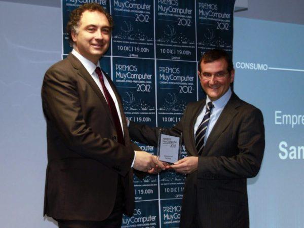 Empresa del anyo Samsung Francisco Hortiguela 600x450 Premios MuyComputer 2012, todo un éxito