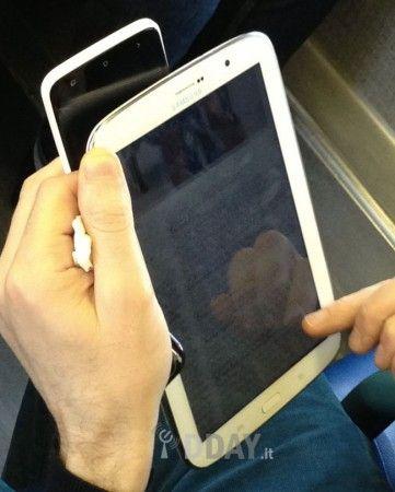 El Galaxy Note 8, rival del iPad mini, en imágenes 31