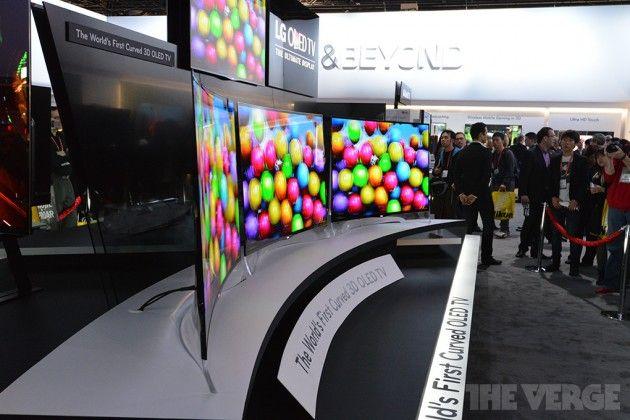 LG también presenta la primera TV OLED curvada