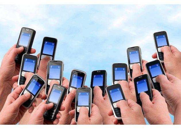 La telefonía móvil cuesta abajo y sin frenos en España 28