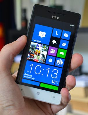 HTC Tiara será el primer Windows Phone 8 GDR2 34