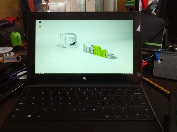 SurfacePro Linux 2 600x450 ¿Un buen tablet con Linux? Surface Pro de Microsoft
