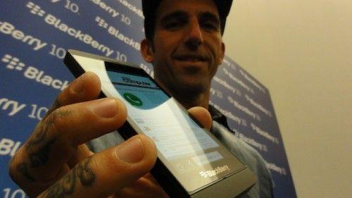 DSC00379 500x281 BlackBerry 10 llega a España con el terminal Z10