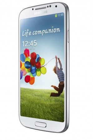 GALAXY S 4 Product Image 1211 299x450 Samsung Galaxy S4: 5 pulgadas Full HD, SoC 8 núcleos, Android 4.2.2