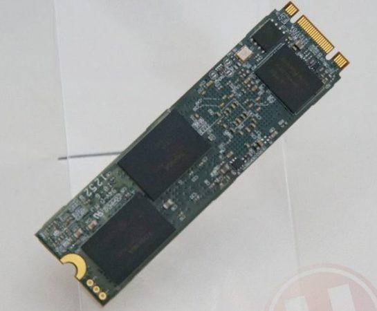 SSD Plextor a 700 MB/s