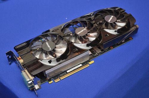 Gigabyte GTX Titan WindForce 3X 2 Gigabyte prepara GeForce TITAN con diseño personalizado