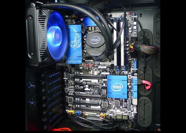 Placa base Intel para Haswell, primera y de las últimas 29