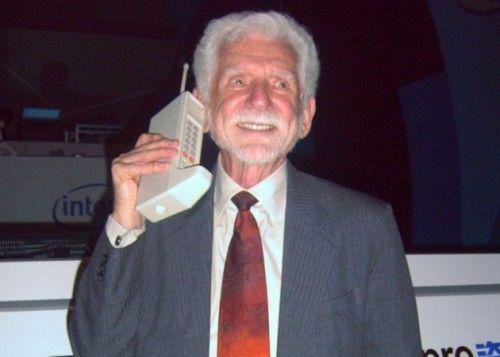40 años de la primera llamada con teléfono móvil 29