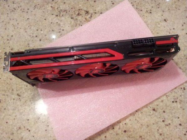 AMD Radeon HD 7990 'Malta' en eBay por 1.275 dólares 32