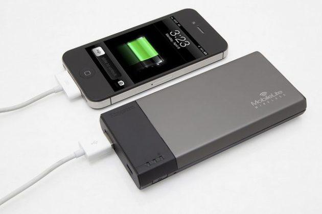 Kingston lanza MobileLink Wireless, acceso Wi-Fi a pendrives/SD y batería externa