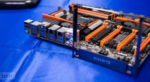GIGABYTE muestra su nueva y completa línea de placas base Z87 35