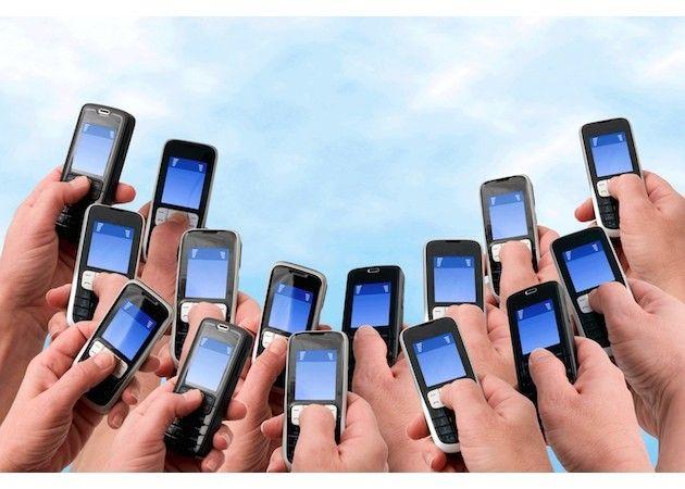 La telefonía móvil en España está en caída libre